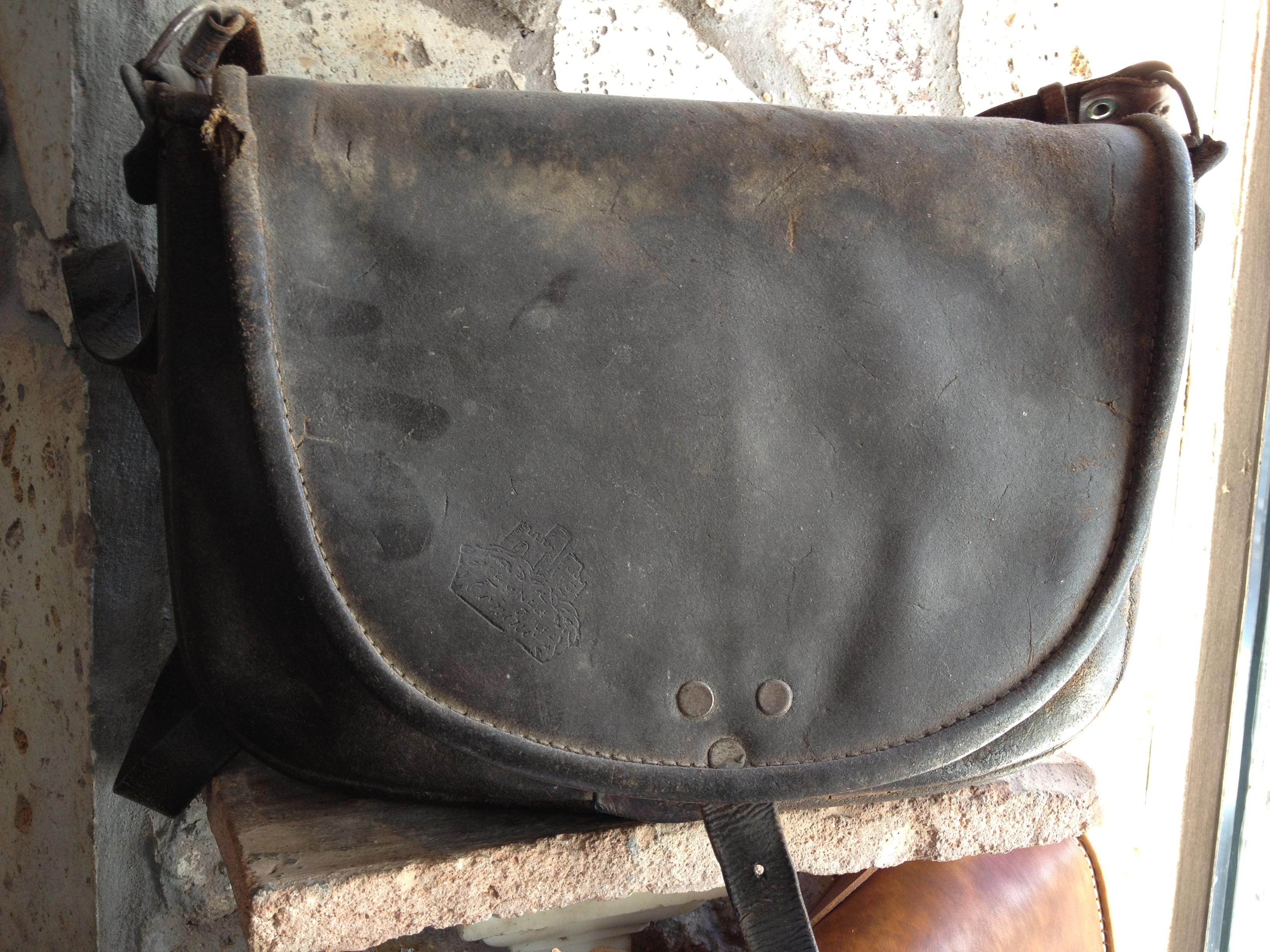 Borse cuoio artigianali uomo : Progetto catana old model simbolo delle borse in pelle